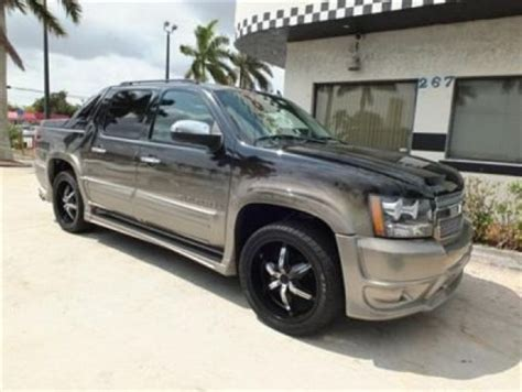 southern comfort avalanche for sale buy used 09 chevrolet avalance ltz southern comfort