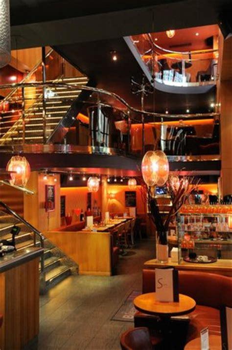 cafe couch the 10 best restaurants near galeries lafayette paris