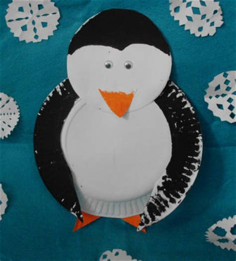 Penguin Paper Plate Craft - paper plate penguin craft project for