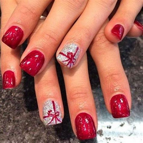 25 best ideas about christmas nail art on pinterest