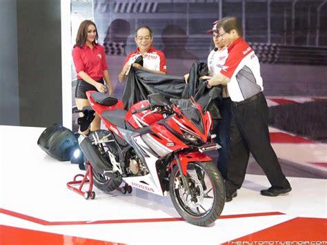 harga new honda cbr 150 spesifikasi dan modifikasi motor harga honda cbr 150 thn 2015 newhairstylesformen2014 com
