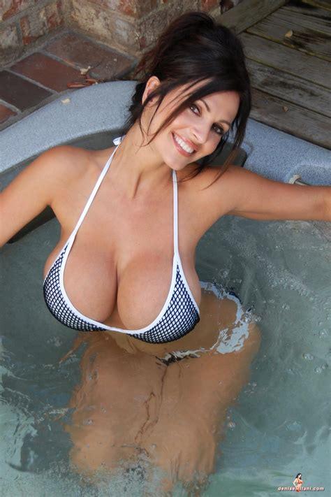 sexy bathtubs denise milani hot tub 3 sexy women