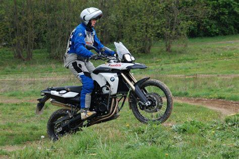Adac Motorrad Kurventraining by Michael Bartz Gro 223 Enduro Training Michael Bartz