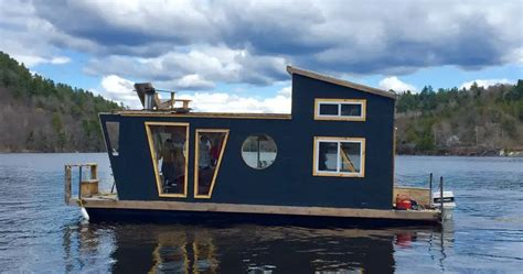airbnb boat rental seattle 10 unusual airbnb homes you can stay in for your next