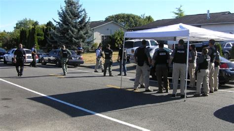 Montana Warrant Search Mt Vernon Serve Search Warrant In Drive By Shootings Komo