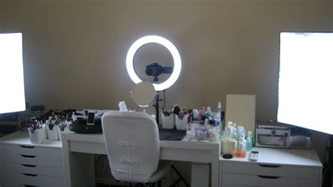 Make Up Light by Make Up L Will Spot The Smallest Imperfections Warisan Lighting