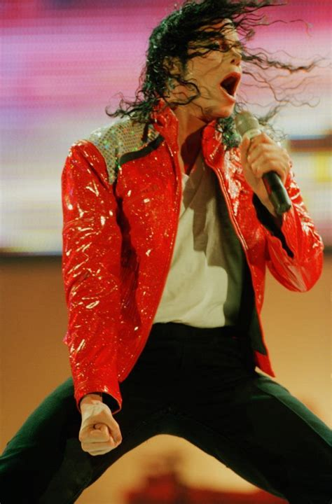 pin by s0ul fl0wer on michael jackson king beat it michael jackson king of style michael jackson jackson and michael