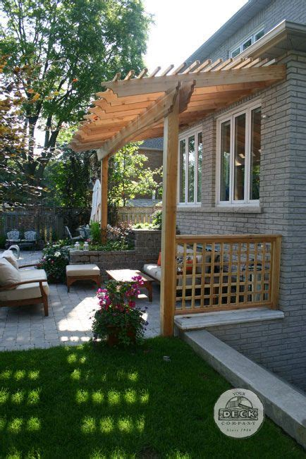 Pergola For Small Backyard by Pergola Fence Deck Patio Ideas