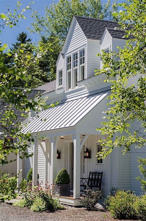 modern farmhouse porch 1029 best images about standing seam metal roofing on
