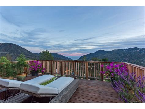 luxury homes for sale malibu 100 houses for sale in malibu 6962 wildlife