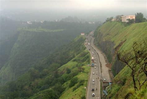 Mumbai Pune Expressway