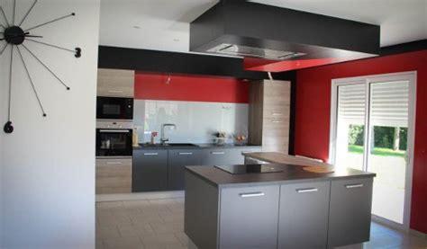 Attrayant Photo Cuisine Grise Et Noire #1: cuisine-grise-rouge-laval-495x290.jpg