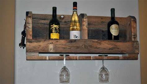 40 DIY Pallet Projects To Load Your House With Charm