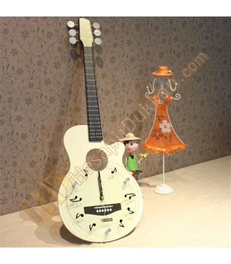 gitar duvar saati sevgiliye hediyelik esya