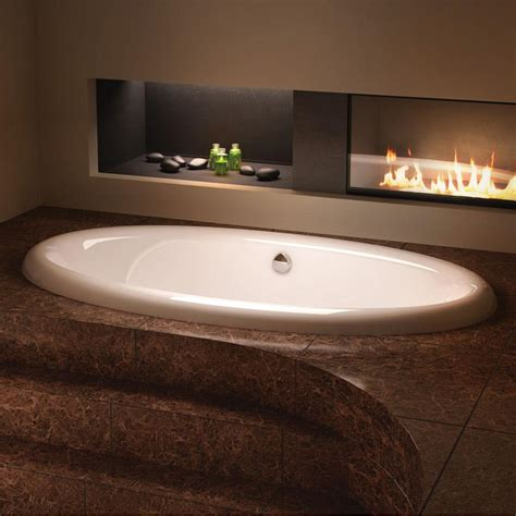 ultra bathtubs bain ultra ellipse 7842 at kitchens and baths by briggs