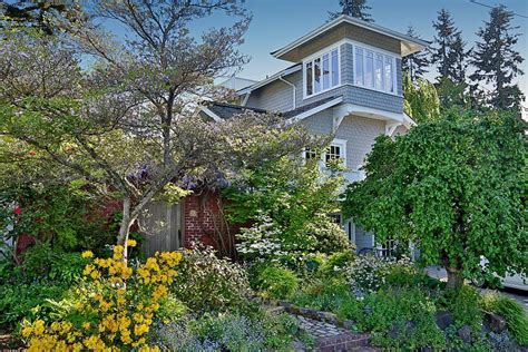 whidbey island cottages seattle luxury real estate for sale 605 1st