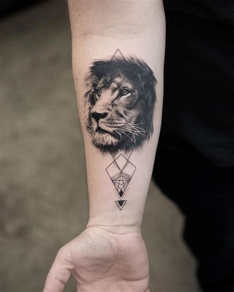small lion head tattoo best 25 tattoos ideas on
