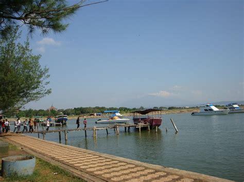 Scrub Marina Di Indo pantai marina semarang hasil reklamasi yang menjadi tempat