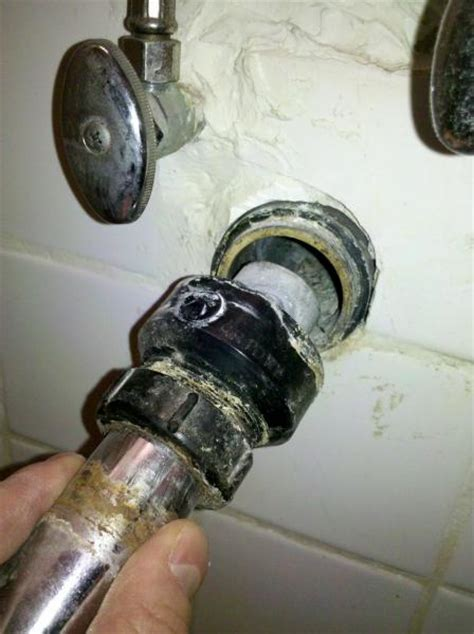 What Size Pipes For Bathroom Plumbing by Drainpipe To Bathroom Sink Unknown Coupler And Advice