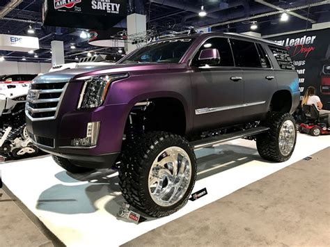 cadillac escalade 2017 lifted this lifted cadillac escalade wow sema2016