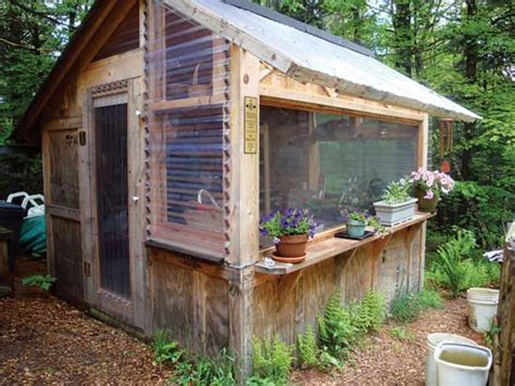 Wood Pallet Garden Shed by 27 Diy Reclaimed Wood Projects For Your Home S Outdoors
