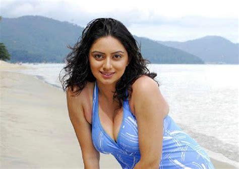 shruti marathe actress marathi shruti marathe hd wallpapers justmarathi com