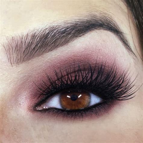 Make Up Eyeshadow Plum Smokey Eye Beachy Waves And Makeup