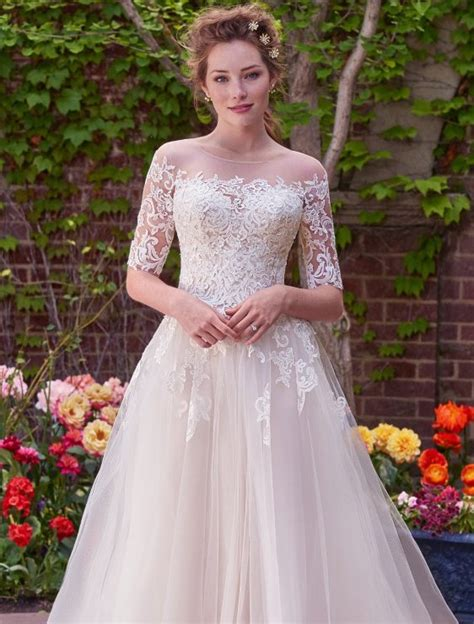 Wedding Dresses With Sleeves by Choose Stylish And Excellent Wedding Dresses With Sleeves