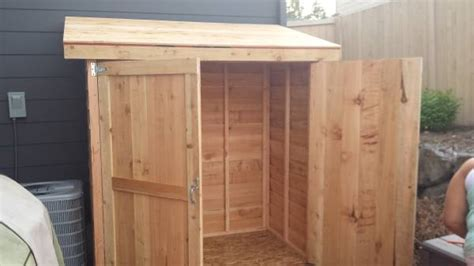 Shed Sealant by How To Waterproof Inside Cedar Shed Diyxchanger