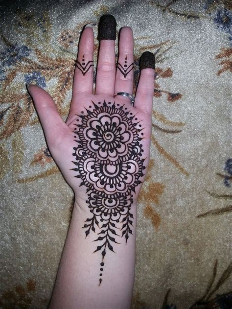 best 25 henna palm ideas on henna patterns