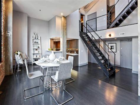 desain rumah teuku zacky hidupkan suasana industrial di rumah kamu real estate