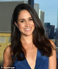 older commercial actresses tv viewers shocked by meghan markle lookalike daily mail