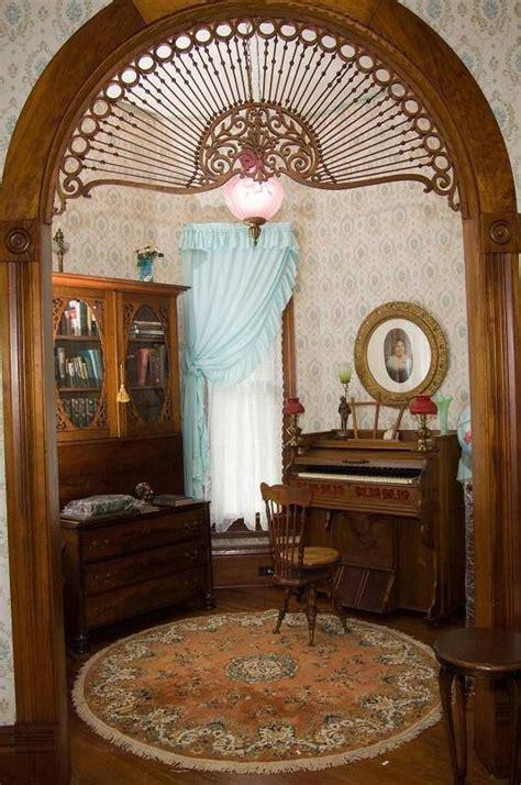 victorian decor hints pinterest victorian colonial doorway detail 1899 victorian queen anne historic