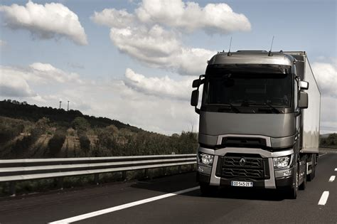 renault trucks t renault trucks corporate press releases a maxispace