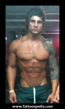 zyzz tattoo chest zyzz tattoo sleeve
