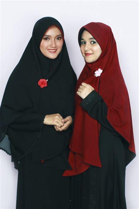 Alsa Gamis Fathia Syari No4 Merah Marun bergo bolak balik hitam merah marun alsa khimar kerudung syar i fesya