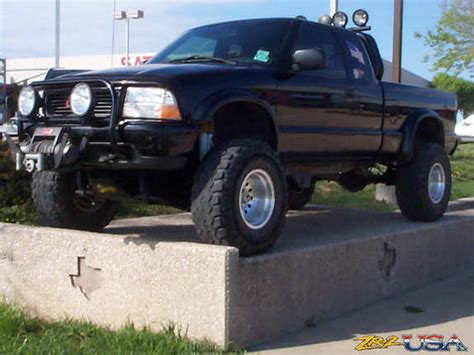 2001 gmc sonoma zr2 lifted zr2 2001 gmc sonoma club cab specs photos