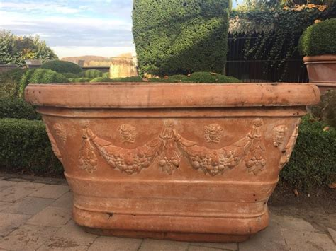 vaso terracotta prezzo vasi terracotta materiali per il giardino modelli e