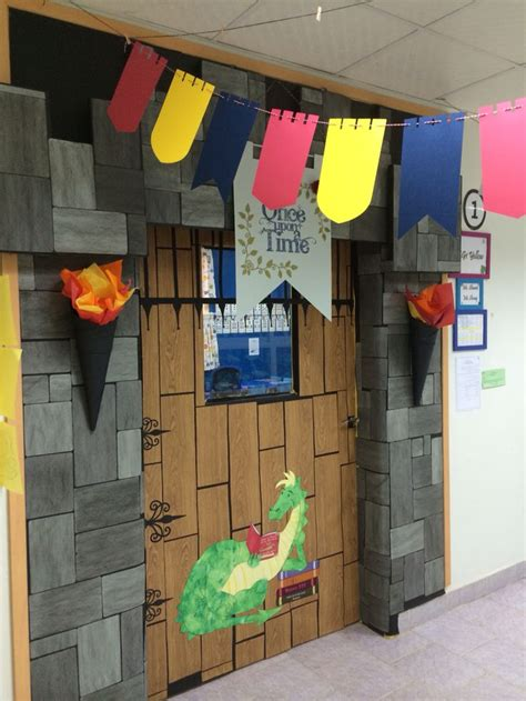 castle themed decorations best 25 castle classroom ideas on castle