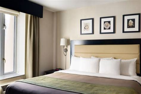 comfort inn new york times square south comfort inn times square south new york ny aaa com