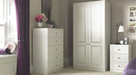 white shaker bedroom furniture contemporary white shaker style bedroom furniture