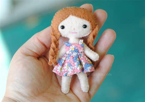 free pattern felt doll mini felt doll pattern lola the cutie pie pocket doll 4