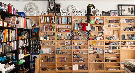 Npr Small Desk Npr S Tiny Desk Concert Teamed Up With Noname For A Stunning Performance