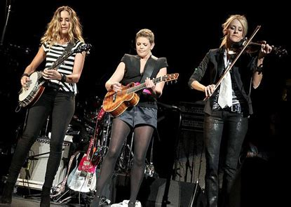 Kacamata Wanita Stevie 7 fakta unik dunia dan musik gemintang