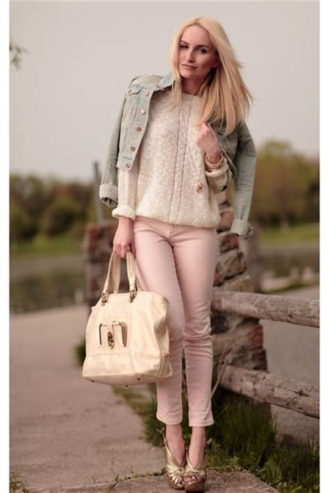 what to wear with light pink you can shop fashion dilemma what to wear with light