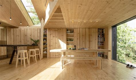 Timber Design, Timber houses, Timber Interiors,Grand Designs house, Contemporary Dining Room
