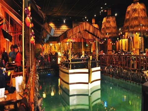 the tonga room join the happy hour at tonga room in san francisco ca 94108