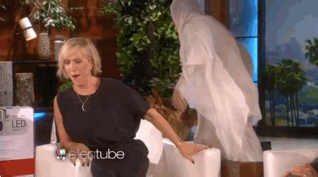 justin bieber ellen degeneres face swap ellen degeneres scared kristen wiig right out of her seat