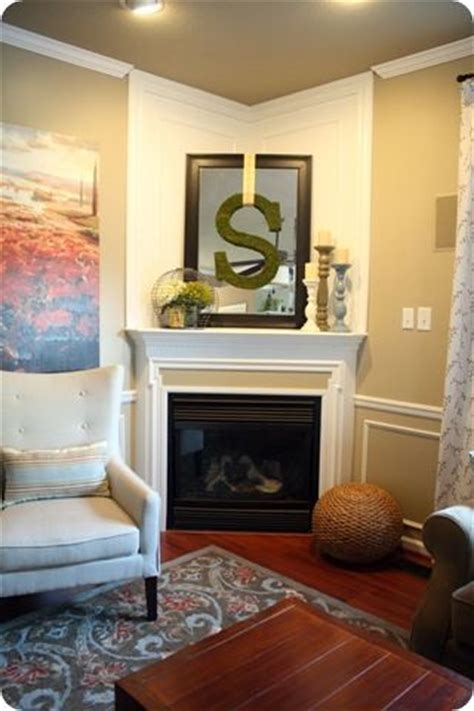 decorating a corner 25 best ideas about corner fireplace mantels on pinterest