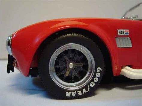 Cobra 6 Rotes Auto by Shelby Ac Cobra 427 S C Rot Yat Ming Modellauto 1 18